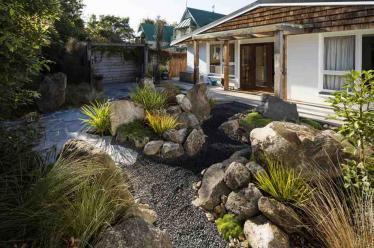 rock-garden-Christchurch