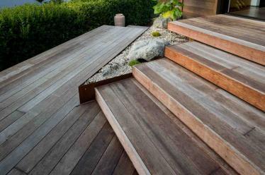 Step and corten planter detail