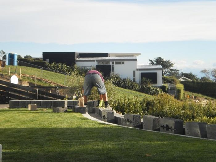 Curved block wall mt gunn landscape design for Gunn design landscape architecture christchurch